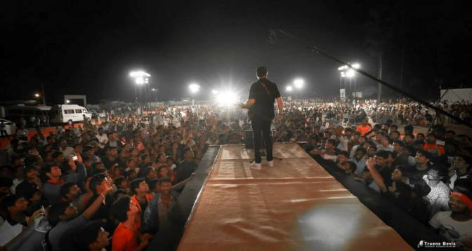 Rune - transmitting the Gospel to a young, enthusiastic crowd at his concert in Pakistan